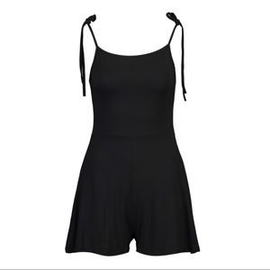 Other - Adjustable tie - black romper!